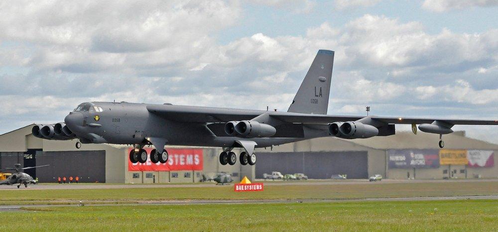 Boeing B-52 Stratofortress. Стратегический бомбардировщик. (США)