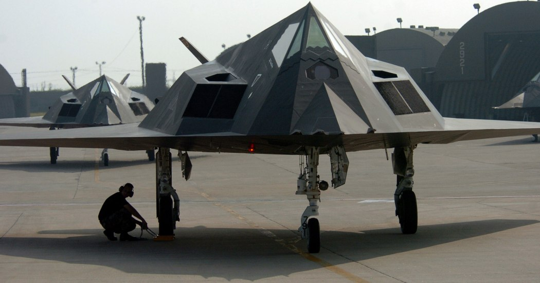 F-117A Night Hawk. Тактический бомбардировщик. (США)