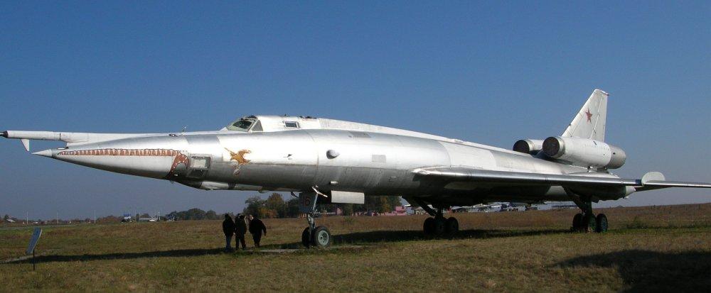 Ту-22. Дальний сверхзвуковой бомбардировщик. (СССР)