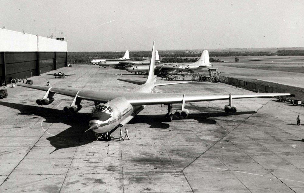 Convair YB-60. Cтратегический бомбардировщик. (США)