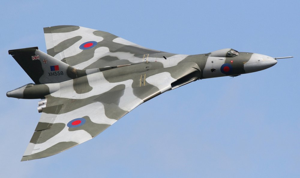 Avro Vulcan. Стратегический бомбардировщик. (Англия)l