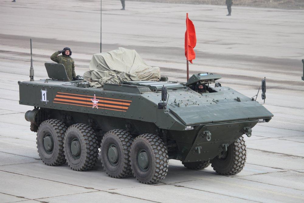 «Бумеранг». Универсальная колесная платформа для производства БТР и БМП. (Россия)