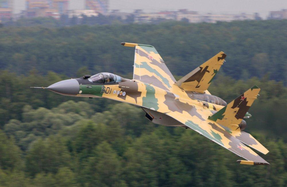 Су-37. Экспериментальный истребитель. (Россия)