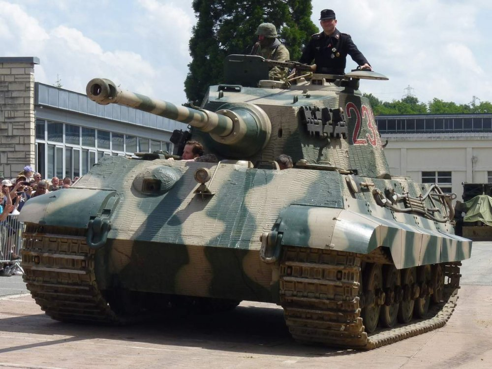 Tiger II,  Königstiger. Тяжелый танк. (Германия)