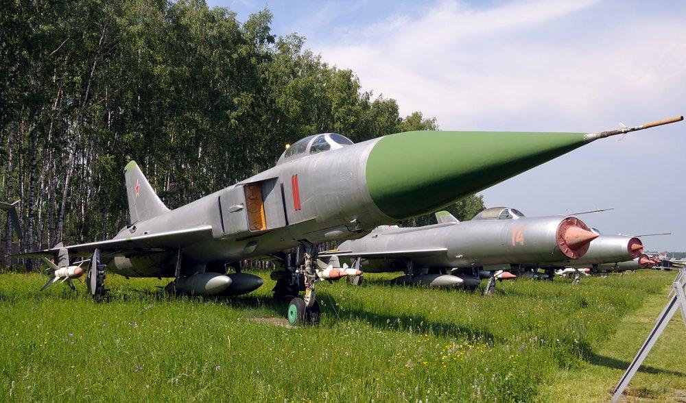 Су-15. Истребитель-перехватчик. (СССР)