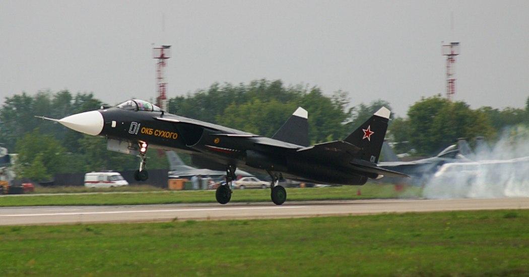 Су-47 «Беркут». Перспективный истребитель. (Россия)