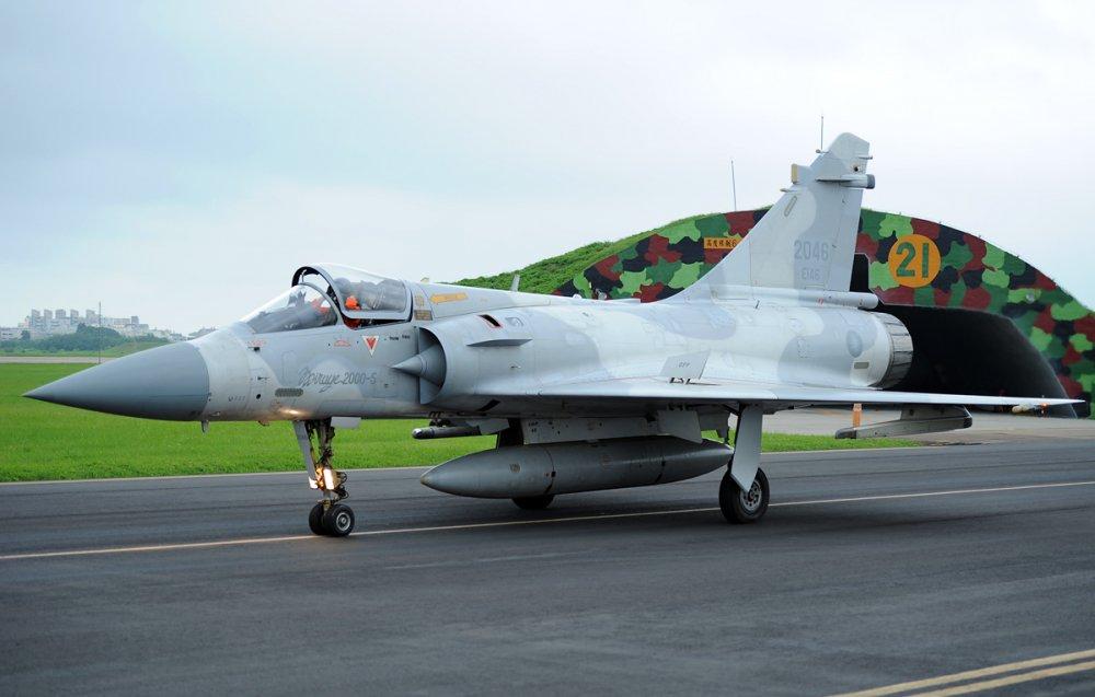 Dassault Mirage 2000. Истребитель. (Франция)