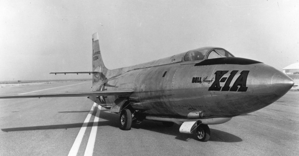 Bell X-1. Экспериментальный самолет. (США)