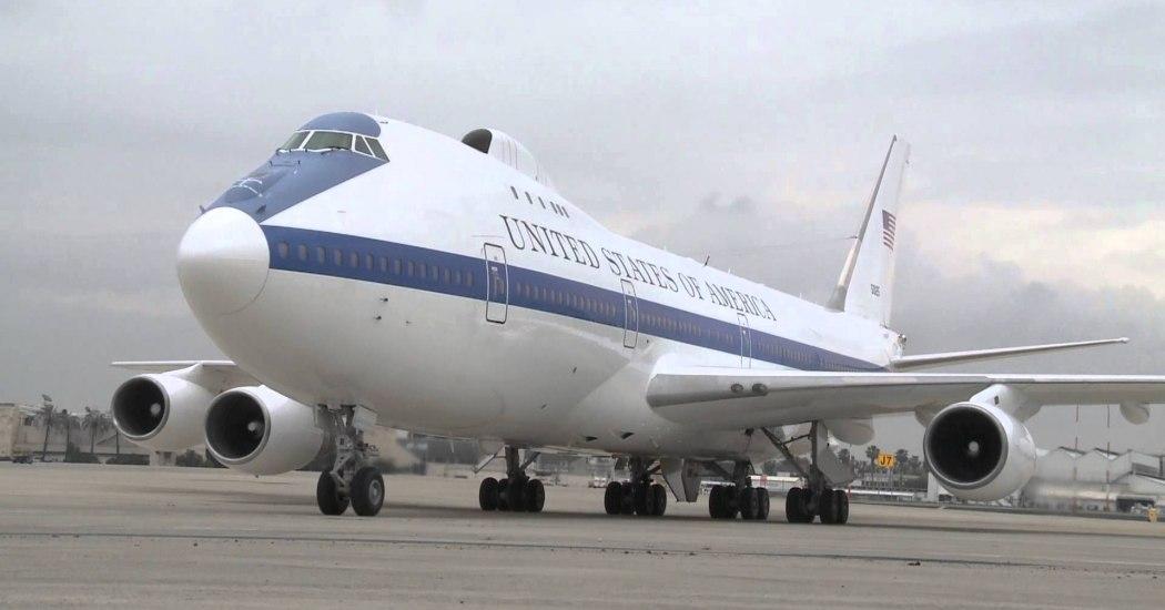 Boeing E-4. Воздушный командный пункт. (США)