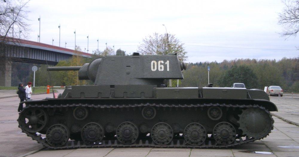 КВ-1. Тяжелый танк. (СССР)