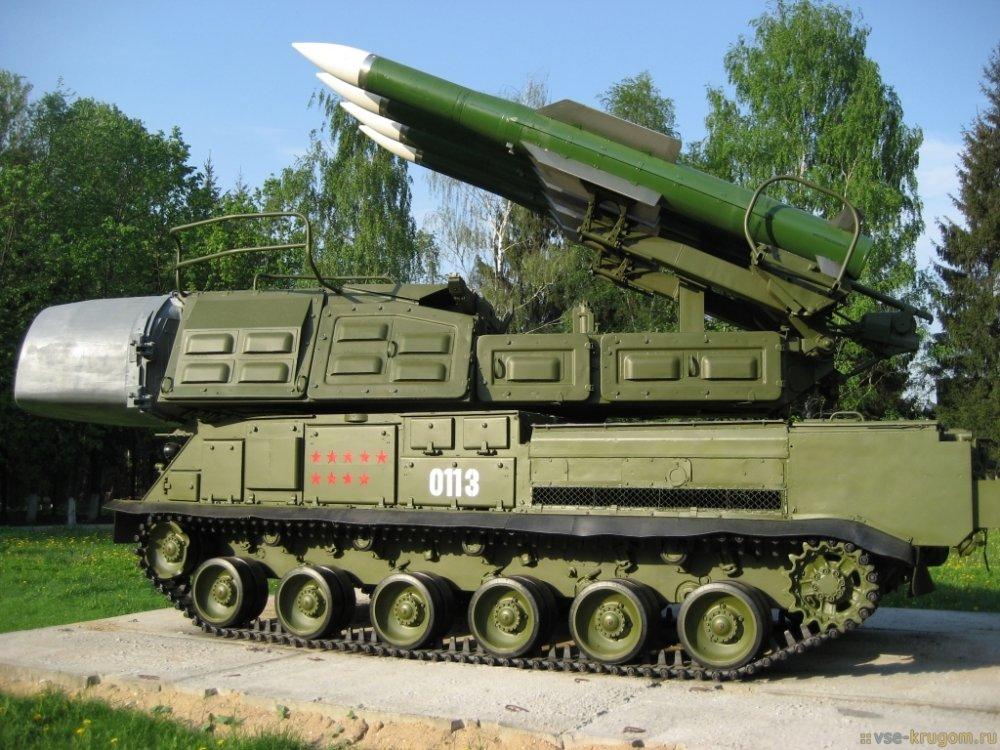9К37 «Бук-М1». ЗРК. (СССР)