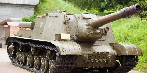 На базе ИСУ-152 создавали пусковые установки для ракет