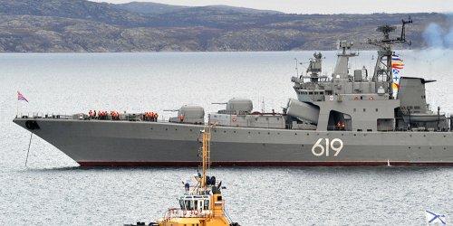 Учения: корабли и атомные подлодки Северного флота вышли в море