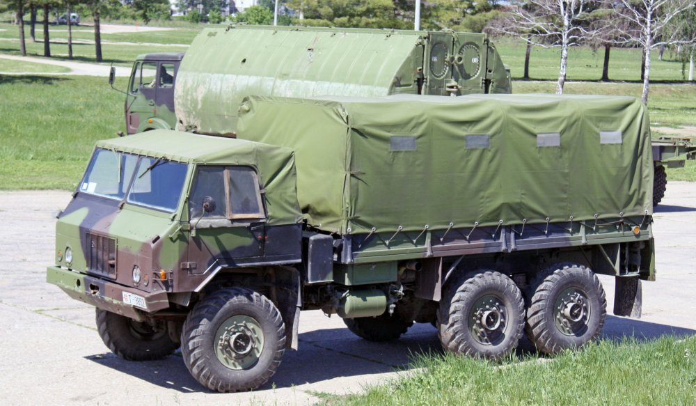 Военные автомобили югославского производства замечены в Сирии