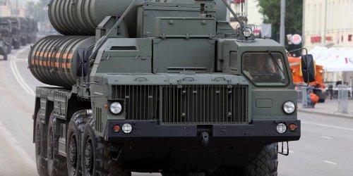 ЗРК С-400 могут поступить в Республику Беларусь