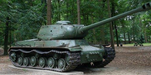 Кто создал ставший символом Победы танк ИС-2